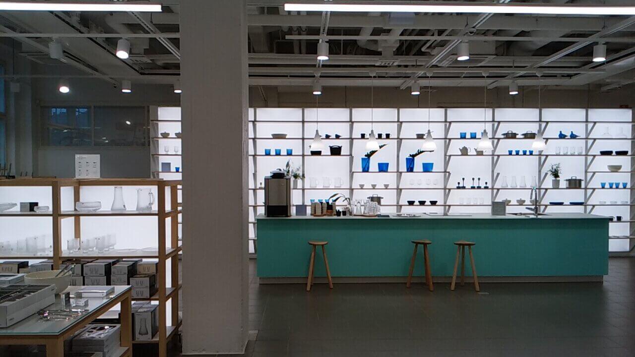 イッタラデザインセンターの店内