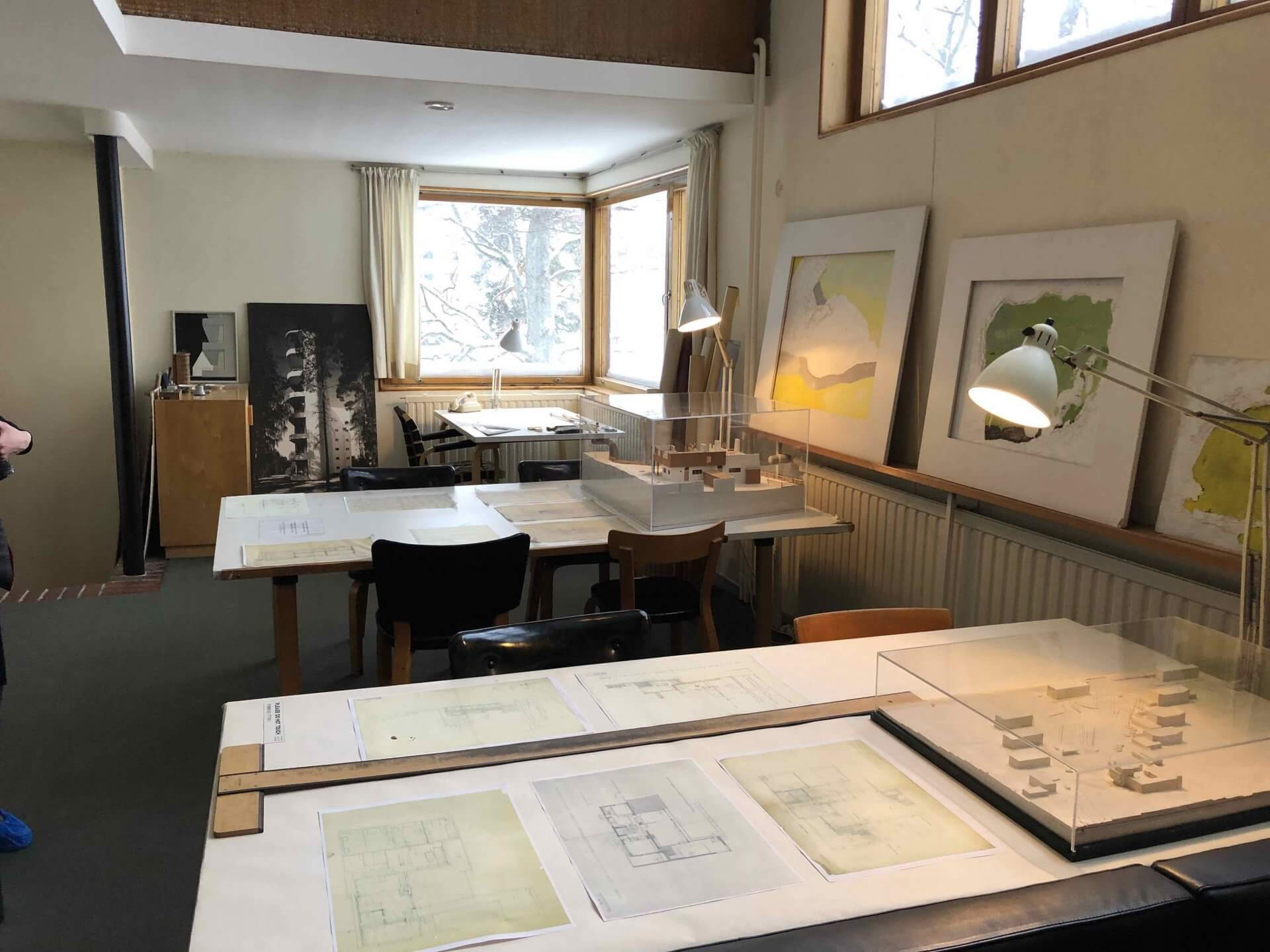 アアルト自邸で最初に踏み入れた設計展示室