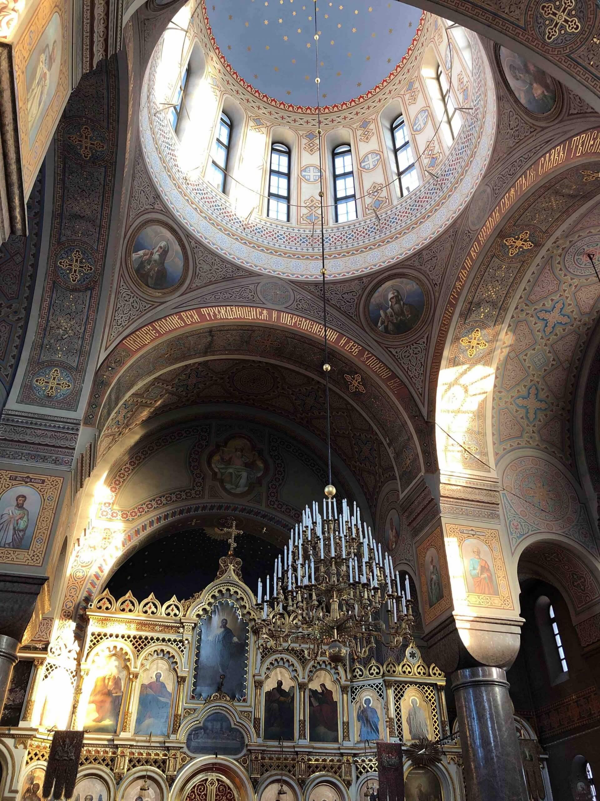 ウスペンスキー寺院上部のドーム部を撮影。細部までデザインが凝っていた