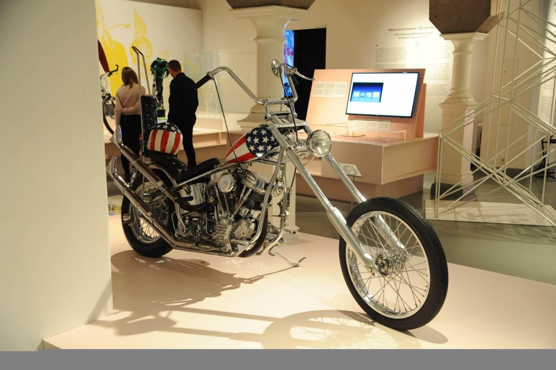 デザイン博物館2階の企画展。アメリカンバイクが展示されていた