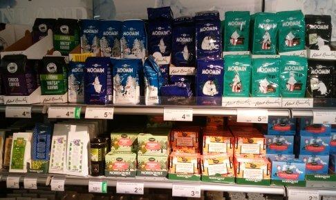スーパーで販売されているロバーツコーヒーのムーミンパッケージ