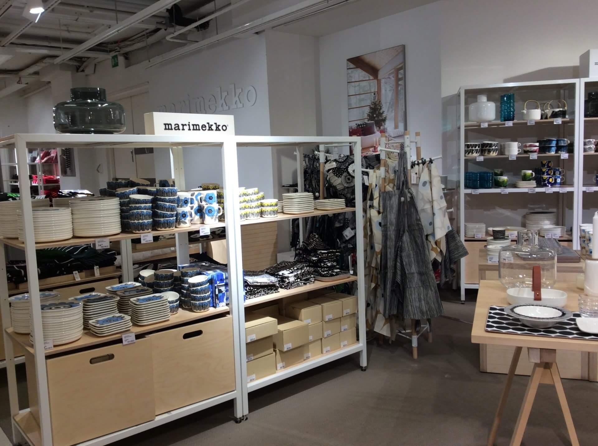 ストックマン5Fにあるマリメッコ店舗。充実した売り場を展開している
